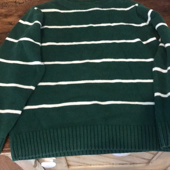 Children's Place Other - Children's Place Size 7/8 green Sweater